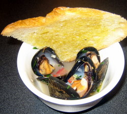 Inspired by Herbs - Peppery Mussels with Parsley, Garlic and Sage
