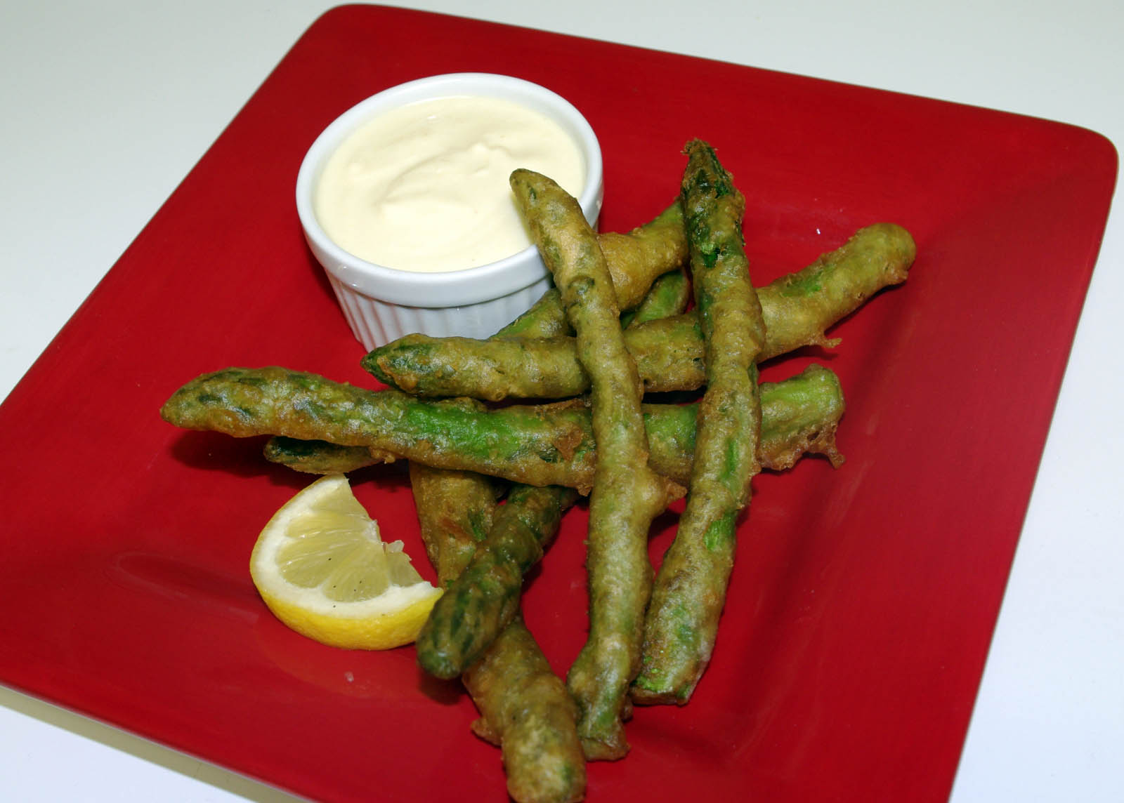 Asparagus Tempura With Honey Mustard Dipping Sauce
