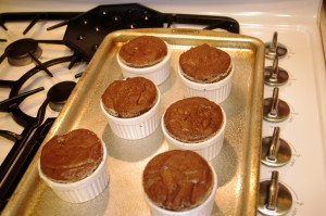 baked chocolate spice cakes