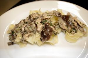 Wine and Food Pairing - Sauteed Shitake Mushrooms over Tagilatelle