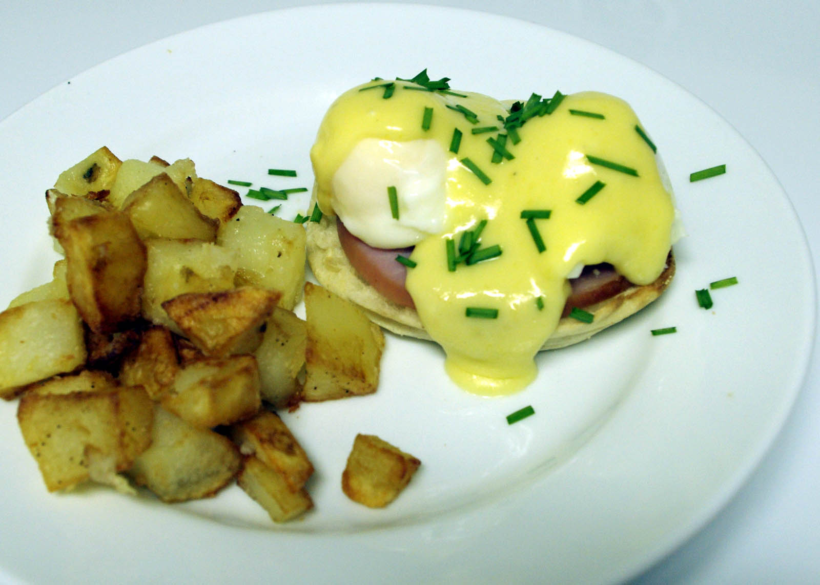 How To Rescue a Broken Hollandaise Sauce