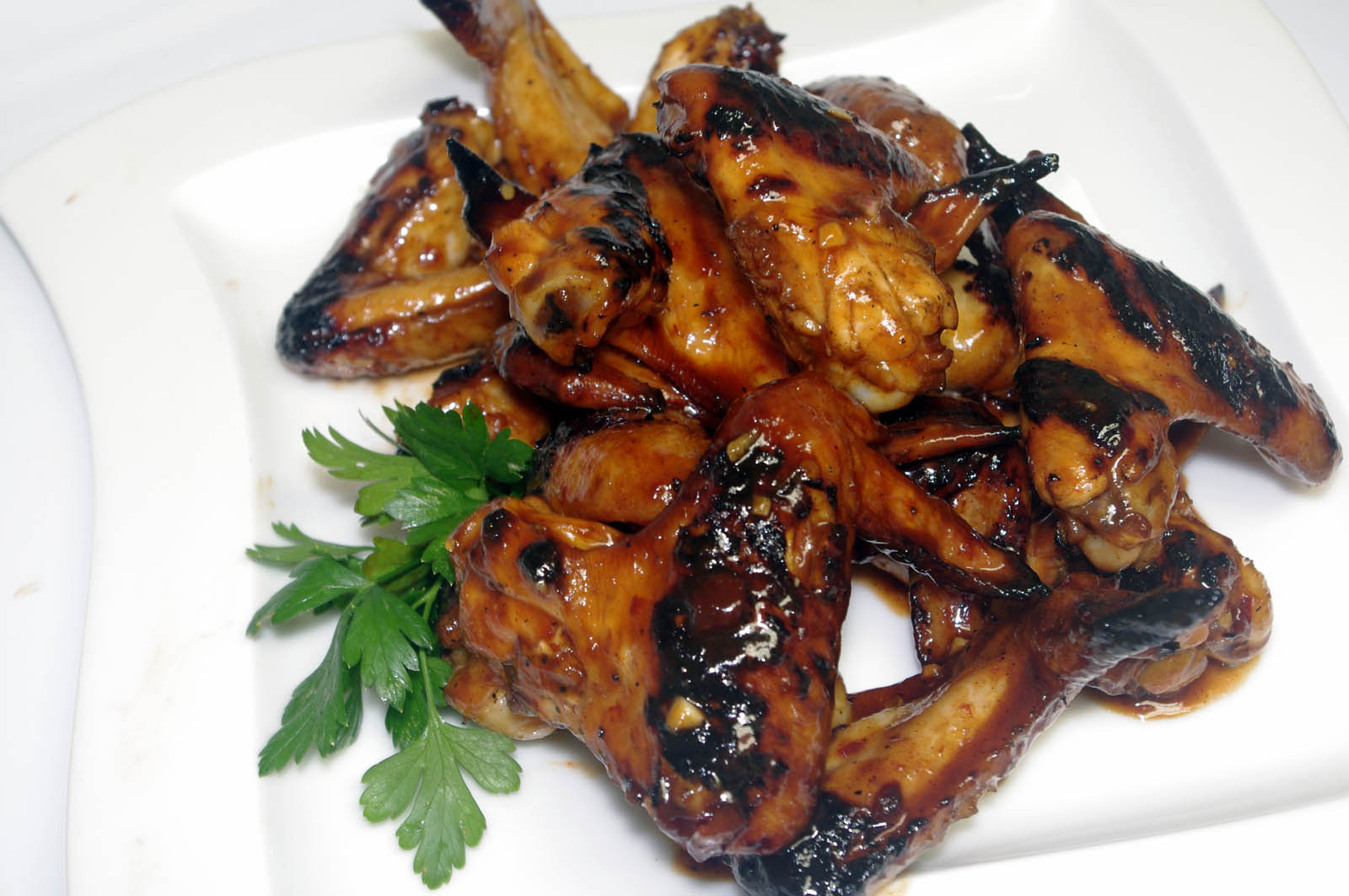 Grilled Sweet and Spicy Chicken Wings